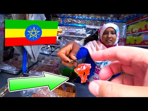 Eating camel meat in a somali food restaurant 🇪🇹 ethiopia addis ababa
