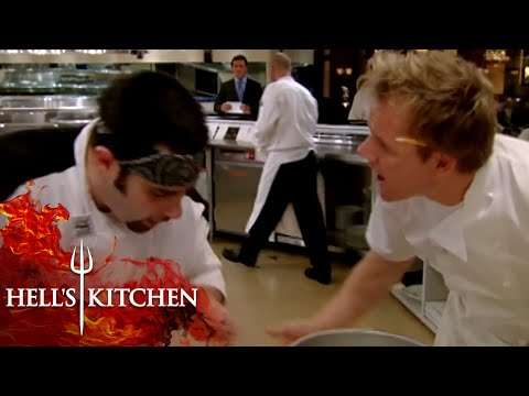 Chefs failing basic cooking techniques | hell's kitchen